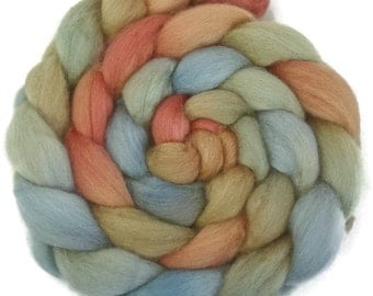 Handpainted BFL Wool Roving - 4 oz. EARTHEN HUES - Spinning Fiber