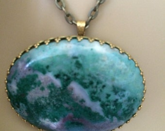 Vintage Victorian Emerald Green Agate Necklace and Brooch Rare