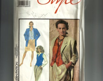 Style Misses' Loose Fitting Jacket and Waistcoat Pattern 1535