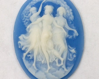 40mm Blue and White Three Graces Cameo #2197