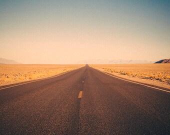 Valle de la Muerte - Landscape Photography - Death Valley - Desert - Open Road - California - Warm Colors