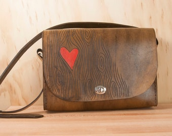 Leather Messenger Bag - Nice pattern with wood grain and heart - red and antique brown