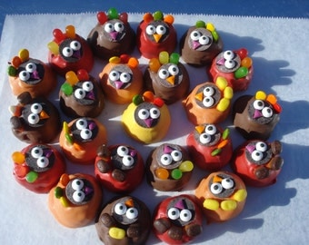 Cake Balls: Edible Thanksgiving Cake Bitty Bite Turkeys. Perfect for your Thanksgiving table or hostess gift!  Candy cake truffles