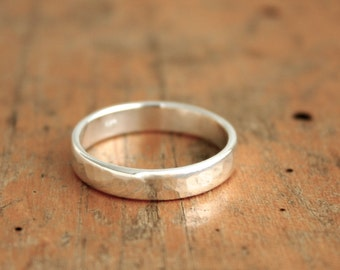 Sterling silver hammered ring. Rustic wedding bands for him and her. Sterling silver ring, gift for her or him, wedding ring