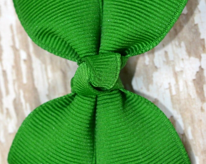 Emerald Hair Bow 2.5 Inch Pinwheel Boutique Bow for Babies Toddlers Girls Hair Bows