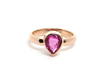 Pink Sapphire Set In Rose Gold