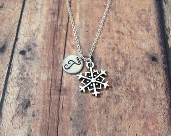 Snowflake initial necklace - snowflake jewelry, winter necklace, snowflake necklace, Christmas jewelry, holiday necklace, snow jewelry