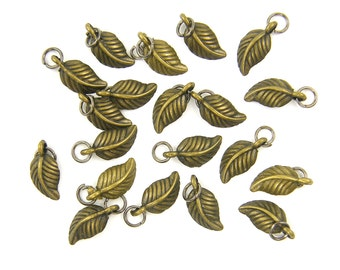 20 pcs Antique Brass Small Leaf Charm Dangle with Jump Ring |AN1-6|20