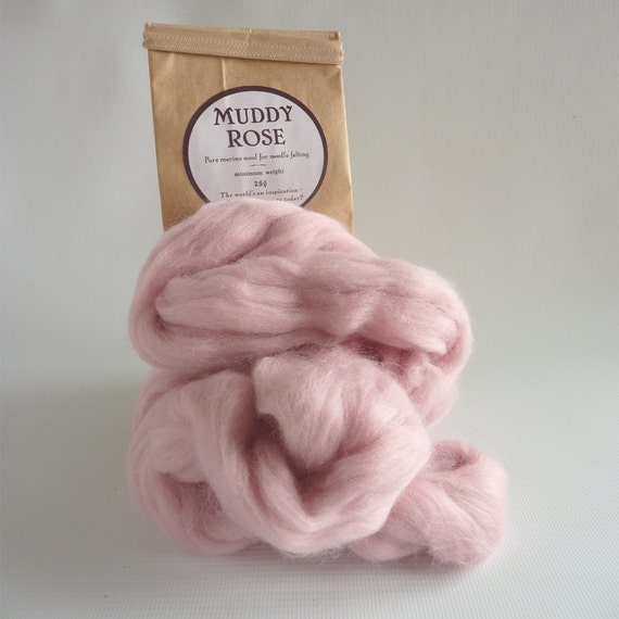 Faded pink merino roving, 25g (1oz) Muddy Rose, 21 micron, merino roving, pink merino tops, felting wool, needle felt wool, wet felting