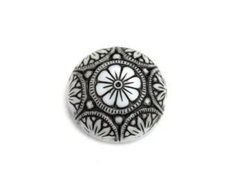 Glass Cabochons Ornate Floral 18mm Black on White (2) GC044