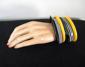 Vintage Set of 6 Halloween Colored Bracelets Bangles Orange and Black