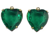 Emerald Glass Heart Pendants in 1 Loop Gold Plated Setting 15mm hrt003C