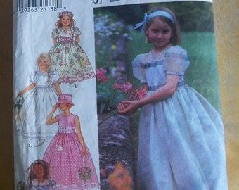 Simplicity 2907 little girls dress sewing pattern