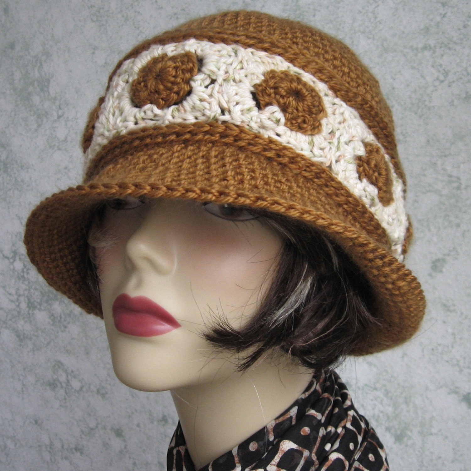 Womens Crochet Hat Pattern Brimmed Summer Hat With Contrasting
