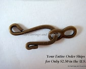 10 Antique Bronze Hook and Eye Clasp Plated Brass 25x9mm - 10 sets - 5868-6