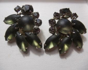 Vintage Charcoal Green Rhinestone Earrings Clip on Earrings Beautiful Green