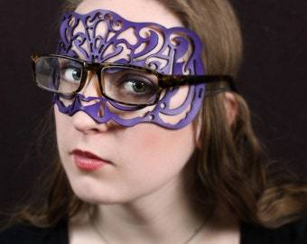 Victoriana leather mask in purple for eyeglasses