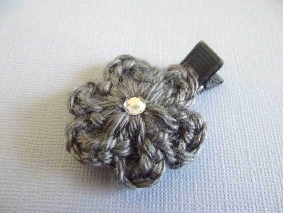Crochet Hair Gray : Gray Crochet Flower Hair Clip Crochet Alligator Clip Gray Crochet Hair ...
