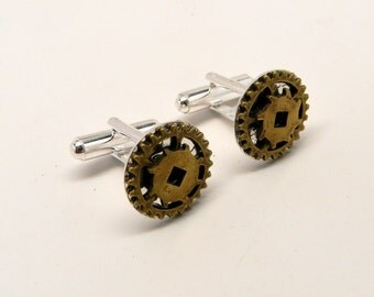 Steampunk cufflinks  with brass gears.Steampunk jewelry.