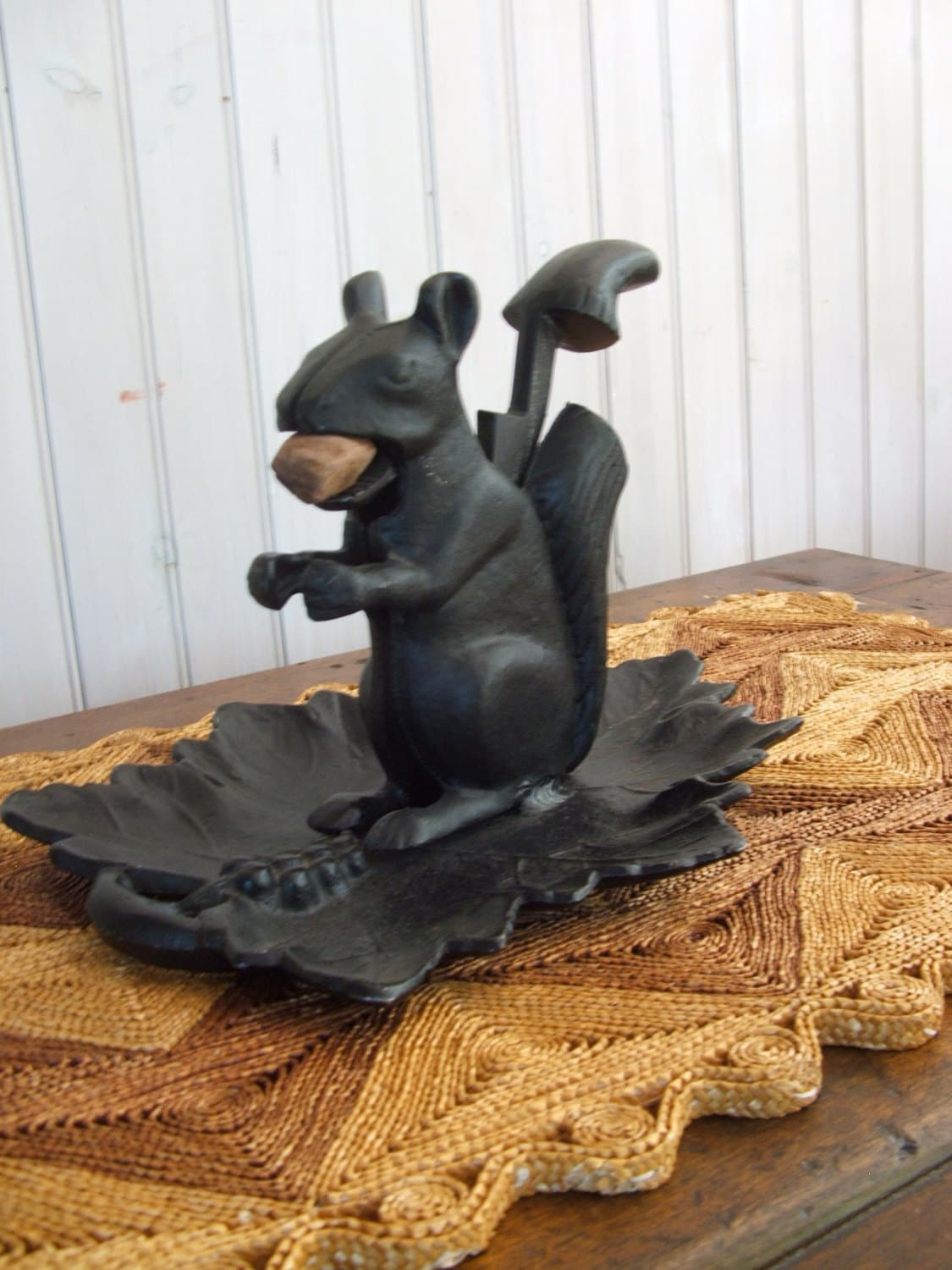 Vintage cast iron squirrel nutcracker - Nutcracker squirrel ...