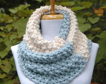 Chunky Knit Infinity Scarf, UNC Tarheels, Mystic Blue and Cream, Color block Scarf, Hand Knit Scarf,  Women Scarves, Knitted Circle Scarf