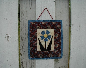Quilted Wall Hanging - Flower (EDWHC)
