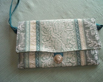 CLUTCH PURSE, Green Tapestry
