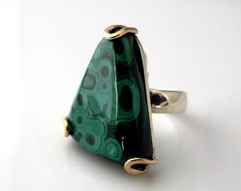 Sterling silver ring with malachite (malachite ring). Green malachite ring. Triangle stone ring.