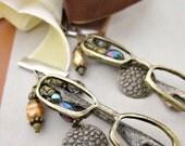 Beaded Brown or Cream Velvet Ribbon Bookmark with Glasses Charm: Etudie