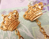 Crown Sweater clips Cardigan clips collar clips Gold sweater guard royal crowns cardigan clips
