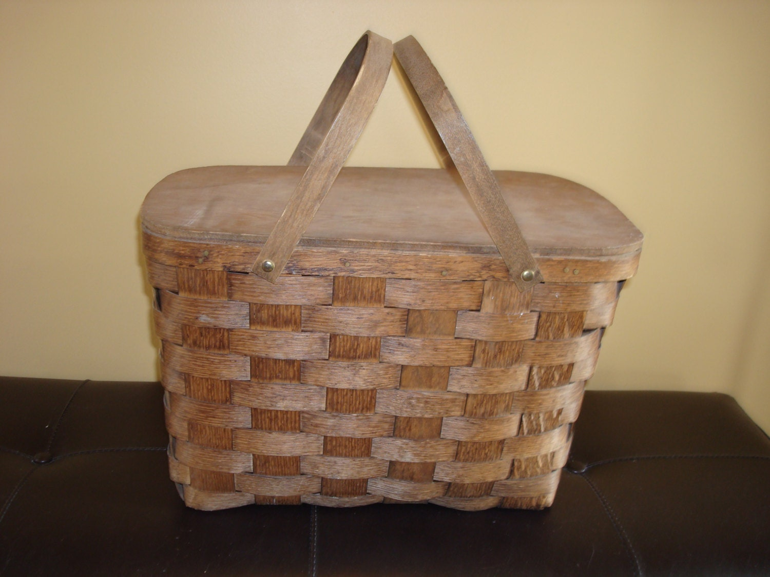 Woven Basket With Hinged Lid : Early large woven ash picnic basket with hinged lid and swing