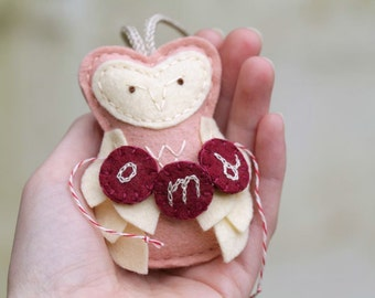 Baby Ornament Personalized. Felt Owl with Monogram. Baby Girl 1st Xmas. Pink Felt Christmas Ornament.