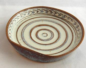 Soap Dish in Cream White - Ceramic Stoneware Pottery