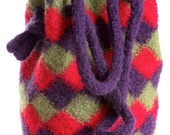 Crochet Felted Entrelac Handbag pattern pdf