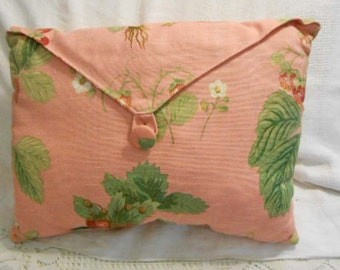 Luscious RED STRAWBERRY ENVELOPE Pillow, Plump Berries & Green Leaves on Rustic Tuscan Terra Cotta Richloom Linen Weave, Front Flap 2/3