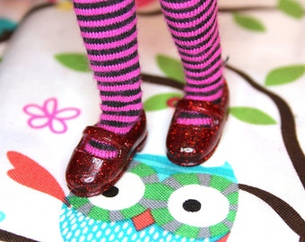 Licca Blythe Red with red glitter Flat Mary Jane Doll shoes