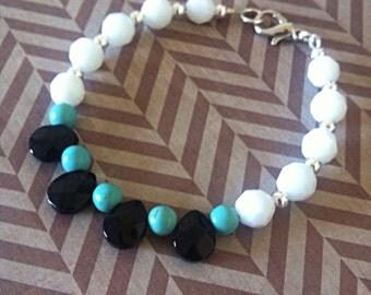 Black & white drop bracelet