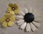 Vintage Enamel Flower Brooch Pin and Earrings....Retro Flower Power....Signed Sarah Coventry...Wear or Repurpose  ( 5480 )