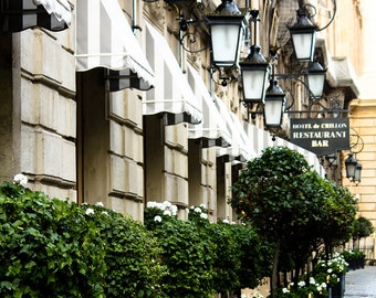 Paris Photography - Early Morning in Paris, France, Right Bank, Paris Architecture, lanterns, Paris Hotel