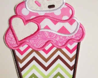 Iron On Applique - Cupcake 1001VC