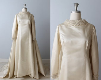 1960s Wedding Dress / Long Sleeves / Watteu Style / Detachable Train / Priscilla of Boston