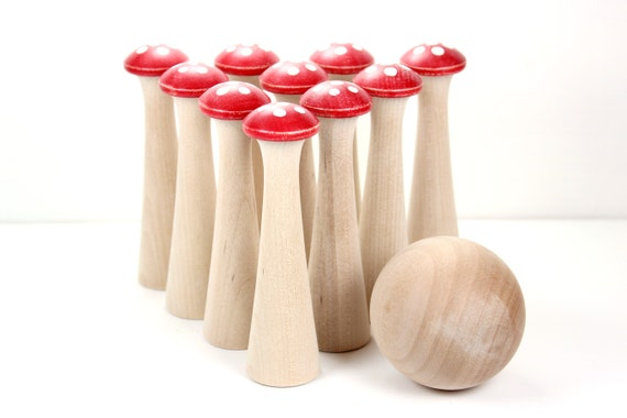Mushroom Bowling Wooden Children's Toy - Vintage Look 6 Spot Redcaps - The Original Toadstool Skittles Game
