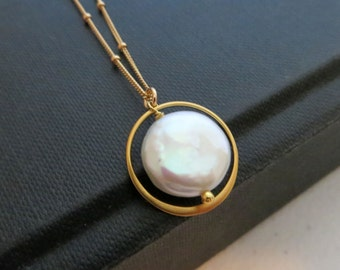 Gold Eternity necklace, bridesmaid pearl necklace, bridal party gifts, weddings, white pearl pendant,  satellite chain, maid of honor gift