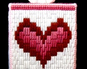Boutique Tissue Box Cover - Bargello Heart
