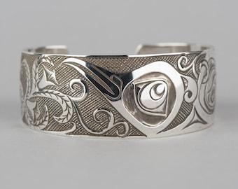 Hummingbird and Flowers Northwest Native Haida Cuff Bracelet Antiqued Finish