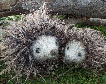 Hedgehog mama and baby plush toy, hedgehog toy, hand knit felted hedgehog, hedgehog stuffed animal family, woodland nursery, made to order