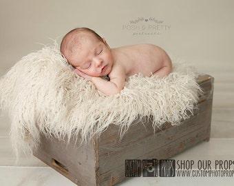 Faux Flokati Ivory Long Sheep LaRgE EgGshell Fur, Newborn Photography Props, Newborn Photo Props, Blanket, Baby Props, Fabric, Fur, Flooring