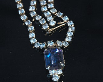 Blue Rhinestone Necklace, Vintage, Classic Design, Beautiful Sapphire Accent, Excellent-Mint Condition