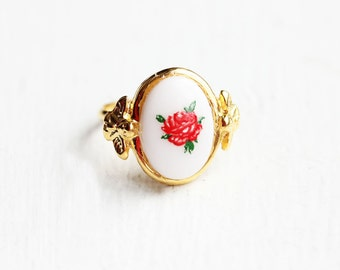 Rose Oval Ring, Rose Ring, Flower Ring, Cabochon Ring, Gold Rose Ring, Oval Gold Ring, Vintage Rose Ring, Vintage Flower Ring, Adjustable