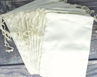 Wholesale Set of 200 Premium Muslin fabric 4 x 6 Drawstring Bags for Favors, Weddings, Parties, or Gifts